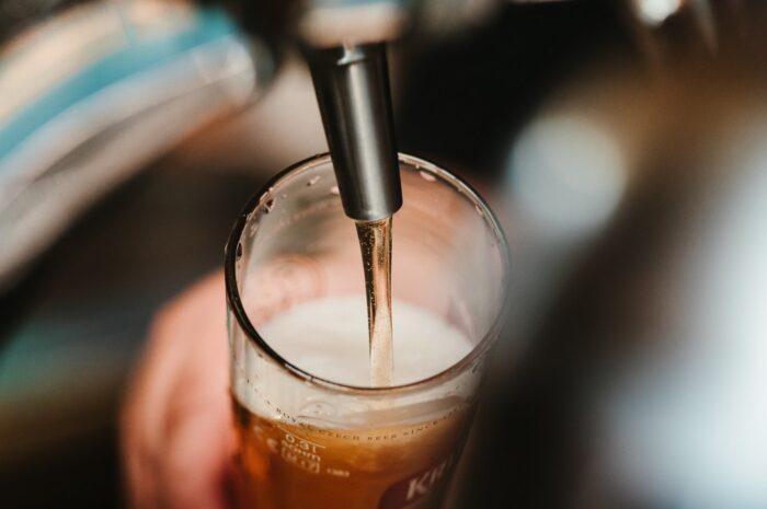 Čepování piva je alchymií, která si žádá cvik