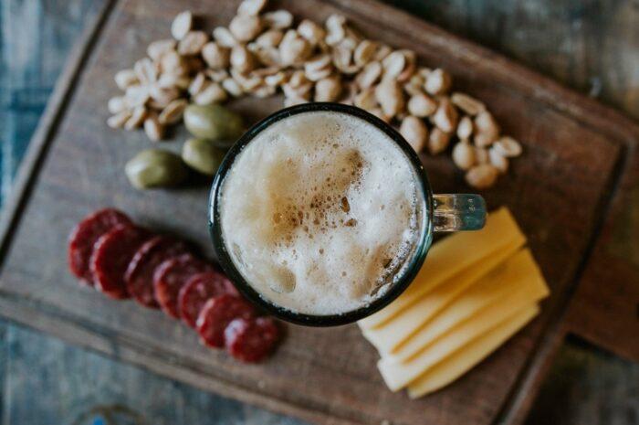 Párování jídla a piva polahodí Vaše chuťové pohárky